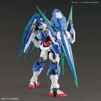 Gundam 1/100 MG Gundam OO Battlefield Record 00 Qan[T] (Quanta) Full Saber Model Kit 3