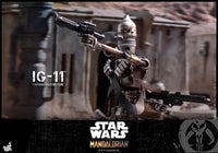 Hot Toys 1/6 Star Wars The Mandalorian 1/6 IG-11 Scale Collectible Figure TMS008 Action Figure 2