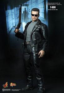 Hot Toys 1/6 Terminator 2 T-800 Scale Action Figure MMS117 1