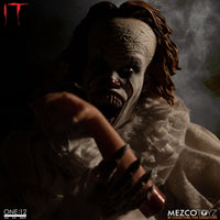 Mezco Toys One:12 Collective: IT: Pennywise Action Figure 4