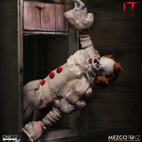 Mezco Toys One:12 Collective: IT: Pennywise Action Figure 6