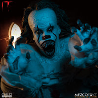Mezco Toys One:12 Collective: IT: Pennywise Action Figure 9