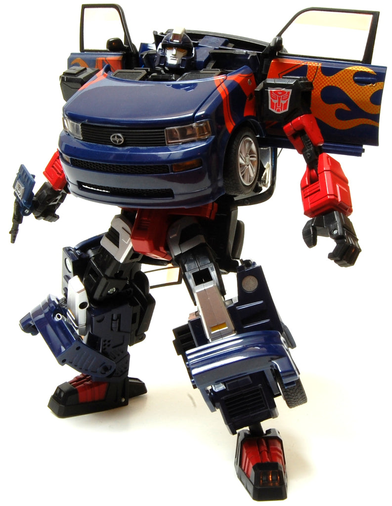 Transformers Alternators #17 Skids - Toyota Scion xB