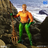 Mezco Toys One:12 Collective: Classic Aquaman Action Figure 2