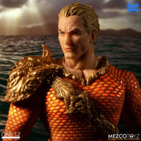Mezco Toys One:12 Collective: Classic Aquaman Action Figure 6
