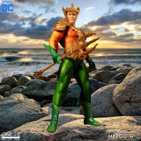 Mezco Toys One:12 Collective: Classic Aquaman Action Figure 7