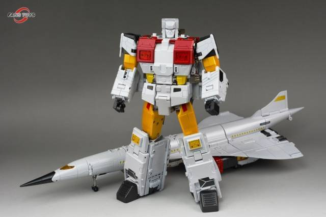 Fans Toys FT-30A Maverick Action Figure 1
