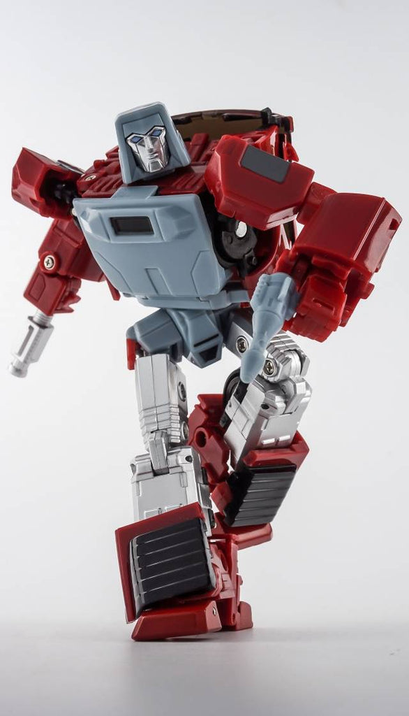 X-Transbots MM-VI (MM-06) Boost (Toy Version) Action Figure 1