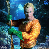 Mezco Toys One:12 Collective: Classic Aquaman Action Figure 8