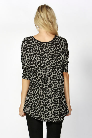 Betty Basics Milan 3/4 Sleeve Top with high-low hemline in Leopard Print