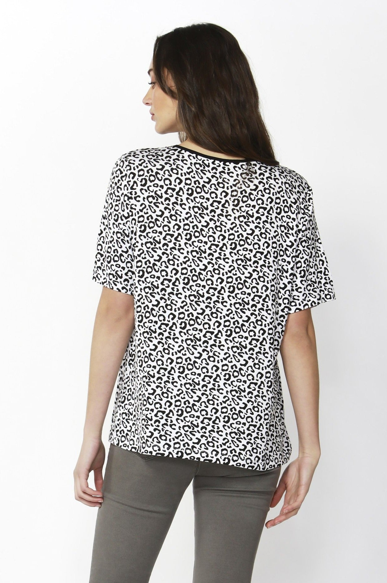 Betty Basics Los Angeles Tee in Snow Leopard