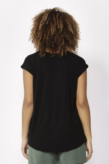 Betty Basics Zadar Tee in Black