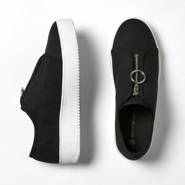 Betty Basics Cruise Zip Sneaker in Black