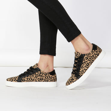 Betty Basics Exploration Sneaker in Beige Leopard