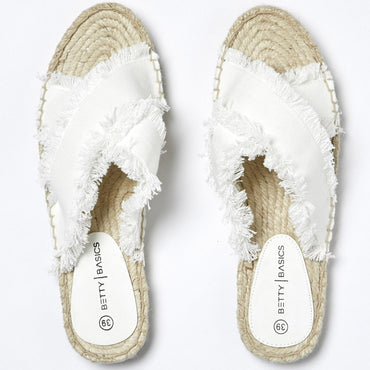 Betty Basics Seeker Espadrille Slide in Off White