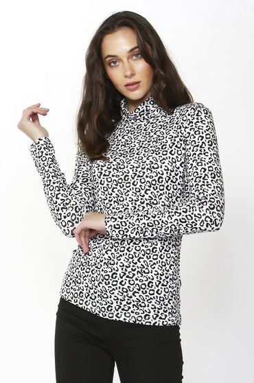 Betty Basics Glasgow Top in Snow Leopard - Hey Sara