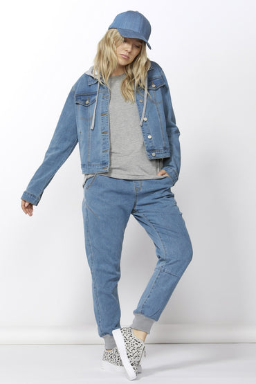 Betty Basics Gunner Denim Jacket in Vintage Blue - Hey Sara