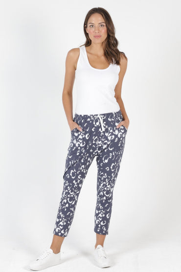 Betty Basics Jade Pant in Bengal Print - Hey Sara