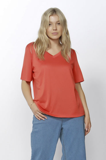 Betty Basics Messina V-Neck Tee in Tangerine - Hey Sara