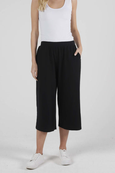 Betty Basics Palos Crop Pant in Black - Hey Sara