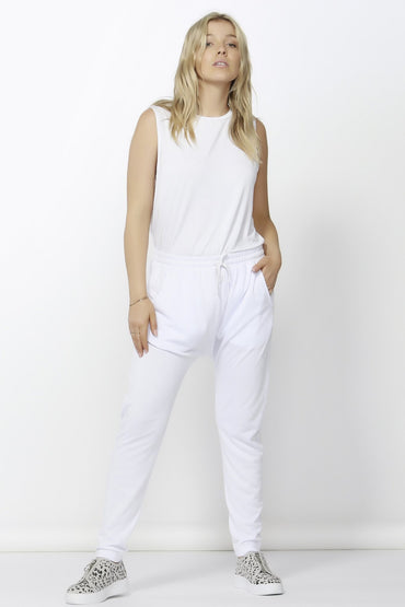 Betty Basics Saxon Sweat Pants in White Sizes 6 ONLY - Hey Sara