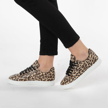 Betty Basics Tripper Sneaker in Leopard Print Size 6 Only - Hey Sara