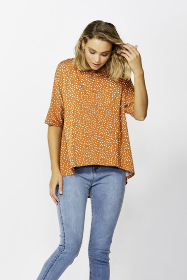 Betty Basics Wellington Tee in Clay Spot Size 8 ONLY - Hey Sara