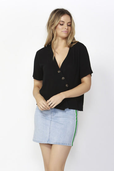 Sass Catching Rays Blouse in Black - Hey Sara
