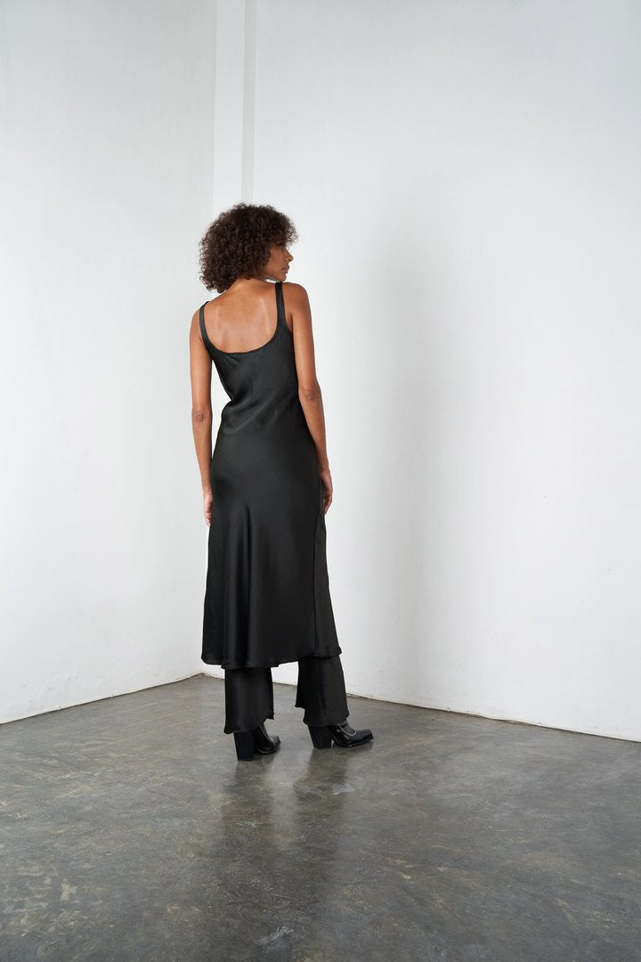 TANK SILK MIDI IN LICORICE