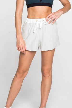 GRACE SHORTS | CREAM