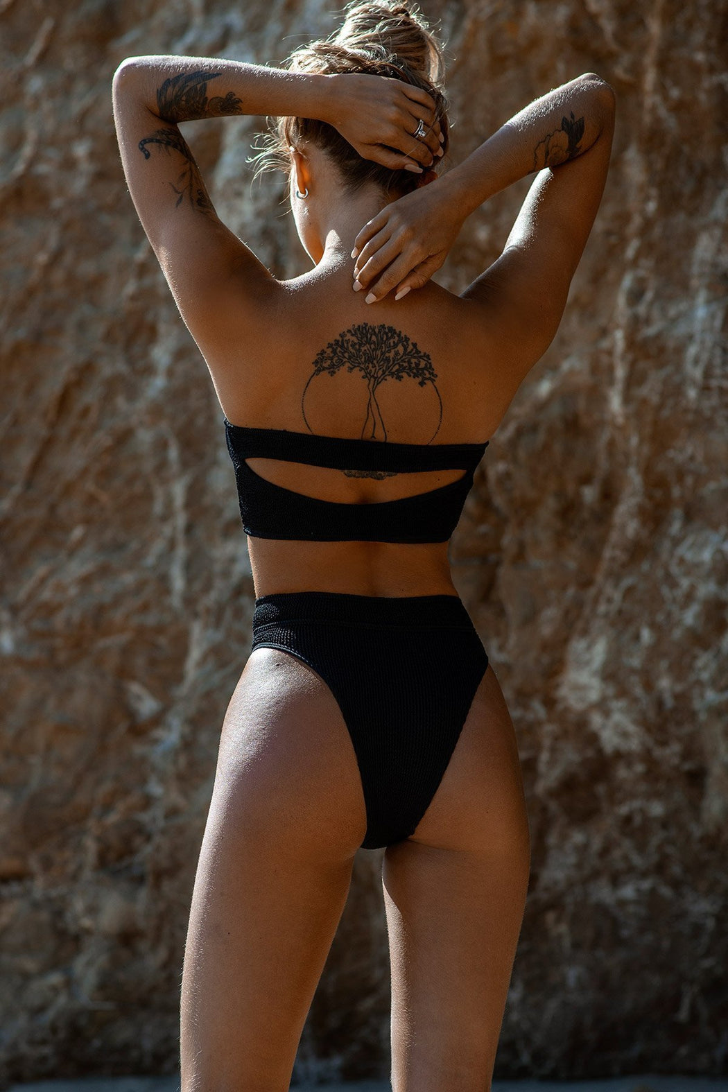 THE SAVANNAH BIKINI BRIEF BLACK