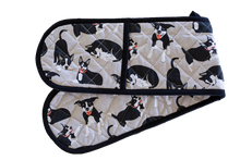 Double Oven Glove - Farm Dogs