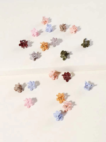 products/SolidFlowersmallhairclips.jpg