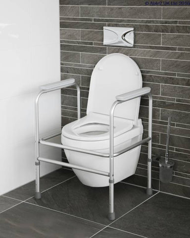 Toilet Surrounds and Rails