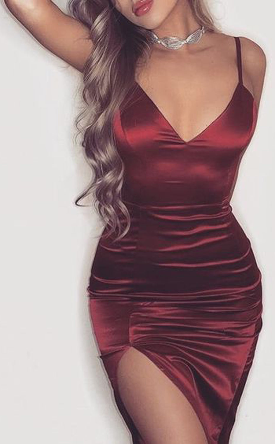 Clubbing Evening Cocktail Party Dressy Romantic Outfit Ideas for Women - Burgundy Red Satin Mini Dress- día de san valentín Outfit Ideas para mujeres - www.GlamantiBeauty.com