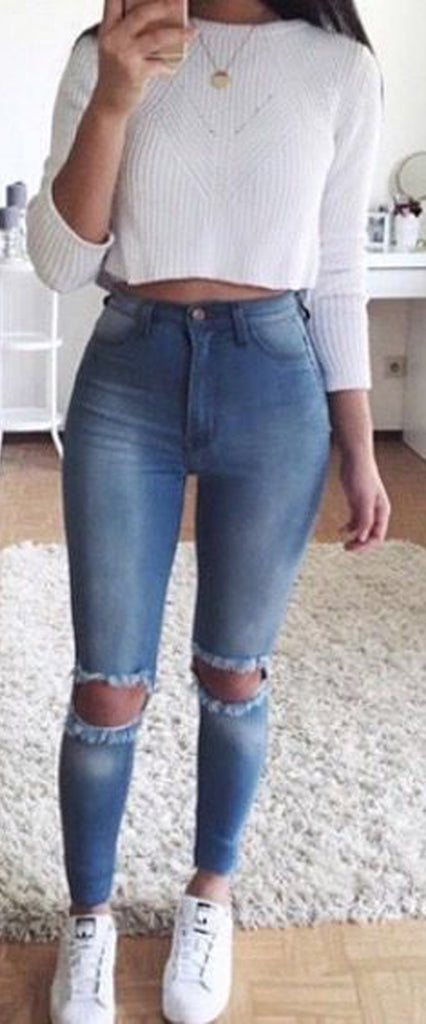 Cute Summer Casual Back to School Outfits Ideas for Teens for College 2018 Casual Fashion -ideas para el regreso a la escuela - www.GlamantiBeauty.com #outfits