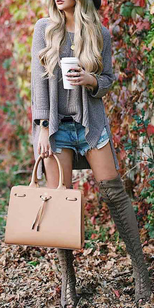 Fall Preppy Back to School Outfits Ideas for Teens for College 2018 Casual Fashion -ideas para el regreso a la escuela - www.GlamantiBeauty.com #outfits