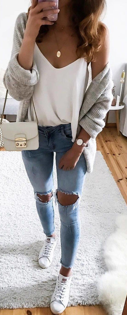 Cute Fall Casual Back to School Outfits Ideas for Teens for College 2018 Casual Fashion -ideas para el regreso a la escuela - www.GlamantiBeauty.com #outfits