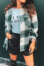 Casual Comfy Fall Outfit Ideas for Teen Girls for Women - Plaid Jacket - www.GlamantiBeauty.com