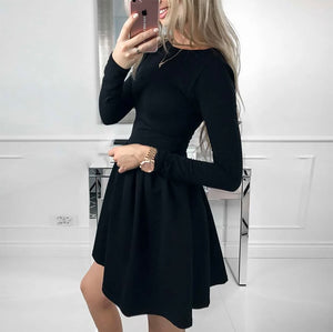 Cute Winter Christmas Outfit Ideas for Evening Dinner Party - A Line Skater Black Mini Dress for Women for Teen Girls - lindas ideas de ropa de invierno para mujeres - www.GlamantiBeauty.com #outfits
