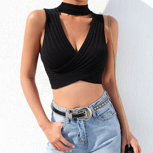 Casual Cute Summer Outfit Ideas for Teens for Women - Ribbed Choker Crop Top and Shorts -  lindas ideas de trajes de verano para mujeres - www.GlamantiBeauty.com