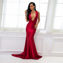 Beautiful Red Silk Prom Dresses - Gorgeous Sparkly Satin Graduation Homecoming Deep V Neck Plunge Backless Mermaid Gown Floor Length Dress - Hermosos vestidos de baile de seda roja - www.GlamantiBeauty.com #promdresses