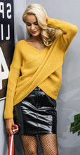Classy Elegant Summer Outfit Ideas for Women - Oversized Wrap Knitted Sweater Top Leather High Waisted Skirt Fish Net Stockings - elegante traje de verano Ideas para mujeres - www.GlamantiBeauty.com
