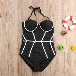 Cute Flattering Structured One Piece for Small Chest for Teens Slimming Black and White Neoprene Monokini   Bathing Suit -lindo bañador blanco y negro que adelgaza- www.GlamantiBeauty.com #swimwear