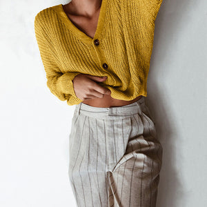 Casual Cute Comfy Fall Outfit Ideas for Women - Cropped Ribbed Knit Sweater Button Up Cardigan for School Teens Girls - Cómodas ideas de ropa de otoño para mujeres - www.GlamantiBeauty.com