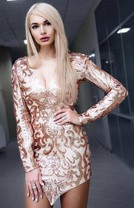 New Years Eve Outfit Ideas Party Clubbing 2018 for Women - Rose Gold Sequin Floral Flower Dress -  nuevas ideas de atuendo para mujer - www.GlamantiBeauty.com