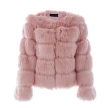 Classy Winter Outfit Ideas for Women Pink - Quilted Faux Fur Short Puffy Bomber Jacket -  Ideas elegantes del equipo del invierno para las mujeres - www.GlamantiBeauty.com