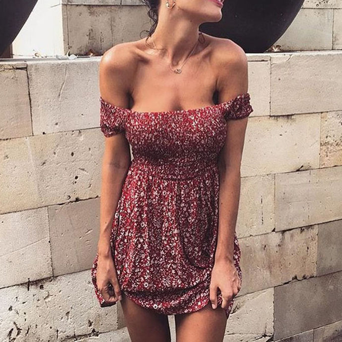 Casual Summer Outfit Ideas for Teens - Bohemian Boho Chic Floral Print Off the Shoulder Mini Dress - vestido mini bohemio con estampado floral en el hombro - www.GlamantiBeauty.com #dresses