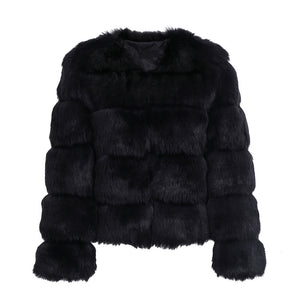 Classy Winter Outfit Ideas for Women Black - Quilted Faux Fur Short Puffy Bomber Jacket -  Ideas elegantes del equipo del invierno para las mujeres - www.GlamantiBeauty.com