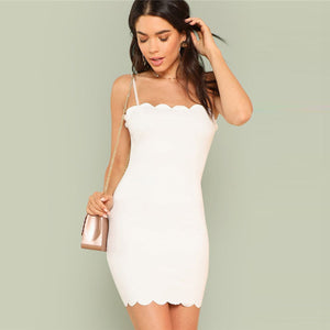 Simple Spring Outfit Ideas for Women - White Short Party Clubbing Scalloped Mini Dress - ideas de trajes de verano para mujeres - www.GlamantiBeauty.com #outfits #dresses